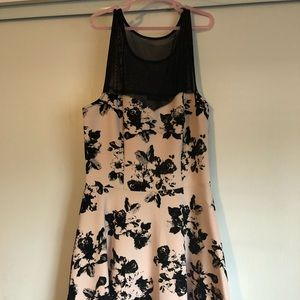 Dresses & Skirts - Beige Cocktail Dress with Black Roses